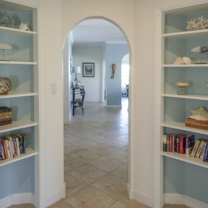 Library alcove offers some books to enjoy during your stay