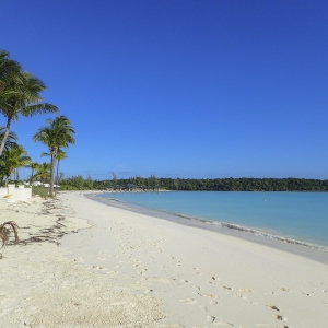 Views of Treasure Cay Beach